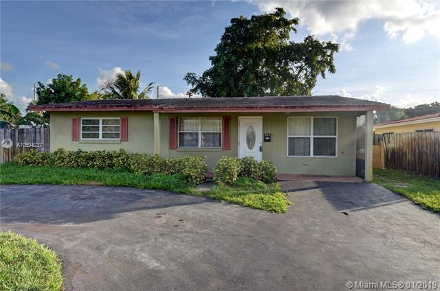 100 NW 38th St, Oakland Park, FL 33309 (MLS #A10594237) :: The Teri Arbogast Team at Keller Williams Partners SW