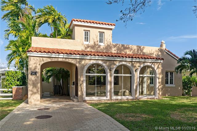 543 Blue Rd, Coral Gables, FL 33146 (MLS #A10594667) :: The Maria Murdock Group