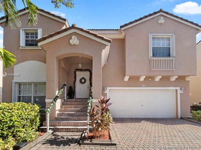 941 NW 126th Ave, Coral Springs, FL 33071 (MLS #A10594909) :: The Teri Arbogast Team at Keller Williams Partners SW