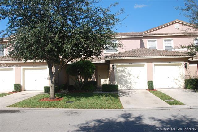 8661 N Southgate Shores Cir #8661, Tamarac, FL 33321 (MLS #A10595854) :: Green Realty Properties