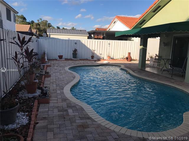 14172 SW 148th Pl, Miami, FL 33196 (MLS #A10596004) :: Green Realty Properties