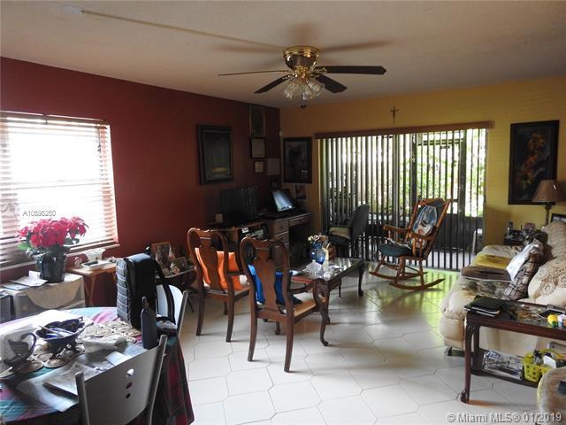 11227 SW 88th St 105D, Miami, FL 33176 (MLS #A10596260) :: Green Realty Properties