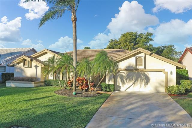 4400 NW 73rd Way, Coral Springs, FL 33065 (MLS #A10596512) :: The Teri Arbogast Team at Keller Williams Partners SW