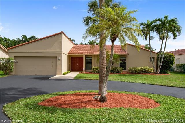 1475 NW 81st Ave, Coral Springs, FL 33071 (MLS #A10596862) :: The Teri Arbogast Team at Keller Williams Partners SW