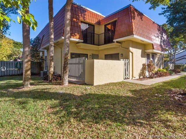 4202 NW 114th Ter #02, Coral Springs, FL 33065 (MLS #A10597345) :: The Teri Arbogast Team at Keller Williams Partners SW