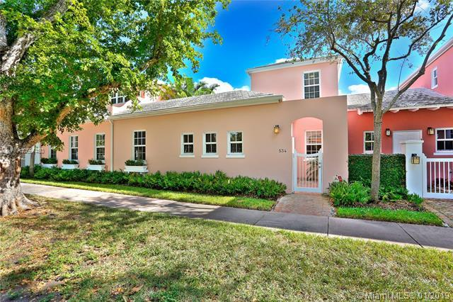 534 Loretto Ave #23, Coral Gables, FL 33146 (MLS #A10597450) :: The Maria Murdock Group
