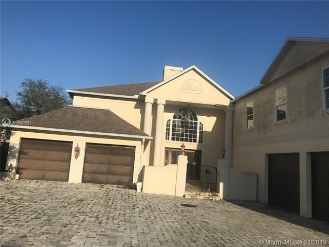 4815 Troydale Rd, Other City - In The State Of Florida, FL 33615 (MLS #A10597551) :: The Paiz Group