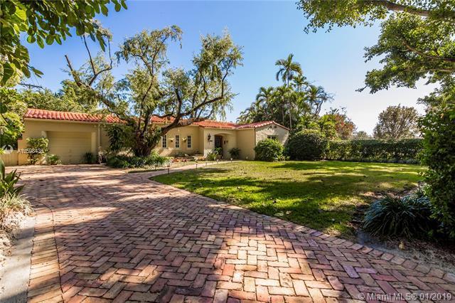 1809 Granada Blvd, Coral Gables, FL 33134 (MLS #A10598436) :: The Adrian Foley Group