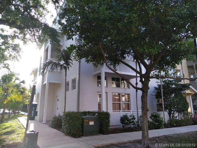 425 SW 13th Ter #425, Fort Lauderdale, FL 33312 (MLS #A10598445) :: Prestige Realty Group