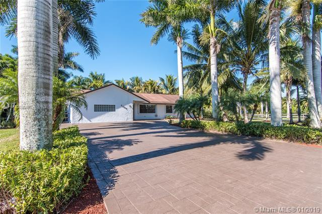5021 SW 201st Ter, Southwest Ranches, FL 33332 (MLS #A10598491) :: The Teri Arbogast Team at Keller Williams Partners SW