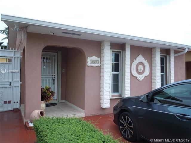3885 W 10th Ct, Hialeah, FL 33012 (MLS #A10598516) :: Prestige Realty Group