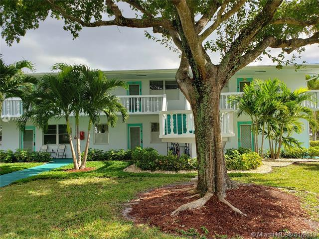 571 Durham T #571, Deerfield Beach, FL 33442 (MLS #A10599073) :: The Teri Arbogast Team at Keller Williams Partners SW