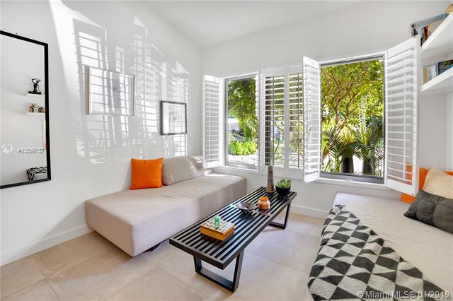 5101 SW 75th Street, Miami, FL 33143 (MLS #A10599757) :: The Adrian Foley Group