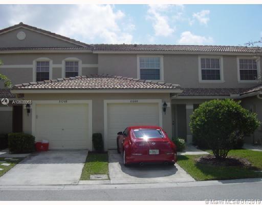 8663 N Southgate Shores Cir #8663, Tamarac, FL 33321 (MLS #A10600063) :: Green Realty Properties
