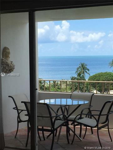 177 Ocean Lane Dr #813, Key Biscayne, FL 33149 (MLS #A10600133) :: The Maria Murdock Group