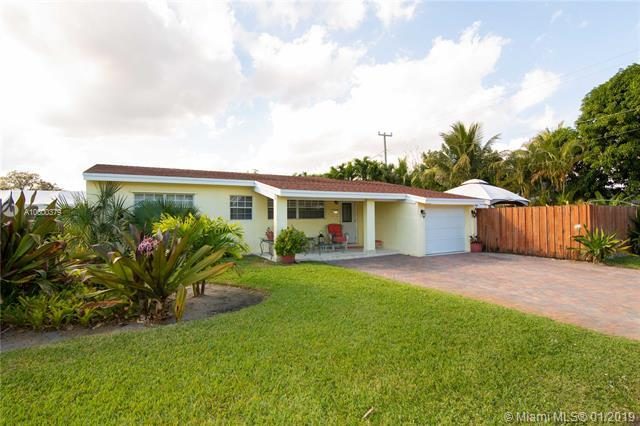 1661 SW 24th Ave, Fort Lauderdale, FL 33312 (MLS #A10600379) :: The Teri Arbogast Team at Keller Williams Partners SW