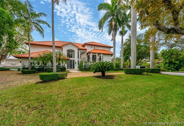 6910 Tulipan Ct, Coral Gables, FL 33143 (MLS #A10600472) :: The Adrian Foley Group