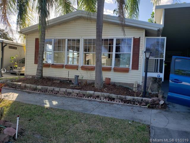 6603 NW 37th Ave, Coconut Creek, FL 33073 (MLS #A10600680) :: Berkshire Hathaway HomeServices EWM Realty