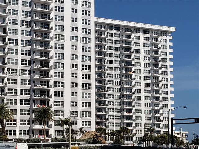 405 N Ocean Blvd #423, Pompano Beach, FL 33062 (MLS #A10600779) :: The Teri Arbogast Team at Keller Williams Partners SW