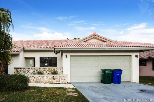 1905 NW 77th Ter, Margate, FL 33063 (MLS #A10601020) :: The Teri Arbogast Team at Keller Williams Partners SW