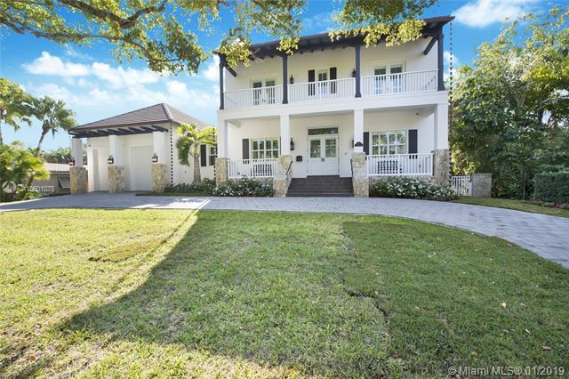 120 N Prospect Dr, Coral Gables, FL 33133 (MLS #A10601075) :: The Maria Murdock Group