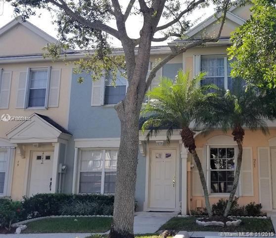 73 Simonton Cir #73, Weston, FL 33326 (MLS #A10601408) :: The Chenore Real Estate Group