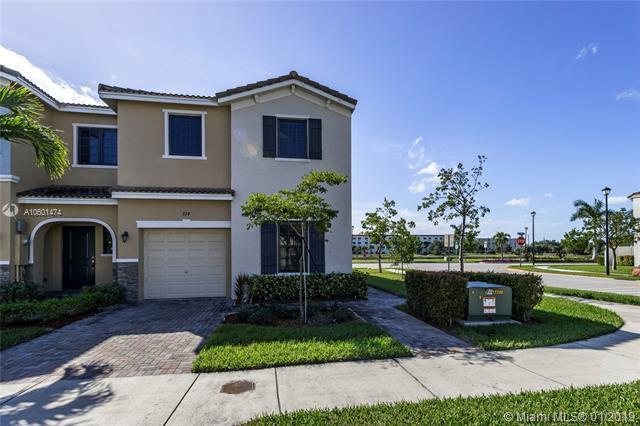 374 NE 194 Terr #0, Miami, FL 33179 (MLS #A10601474) :: The Chenore Real Estate Group