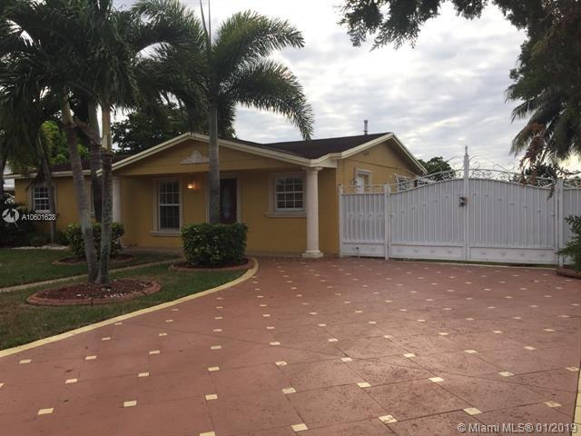 20016 NW 32nd Pl, Miami Gardens, FL 33056 (MLS #A10601628) :: The Teri Arbogast Team at Keller Williams Partners SW