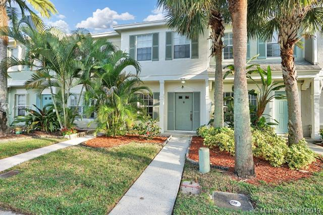 7844 Dixie Beach Cir #7844, Tamarac, FL 33321 (MLS #A10601771) :: The Teri Arbogast Team at Keller Williams Partners SW