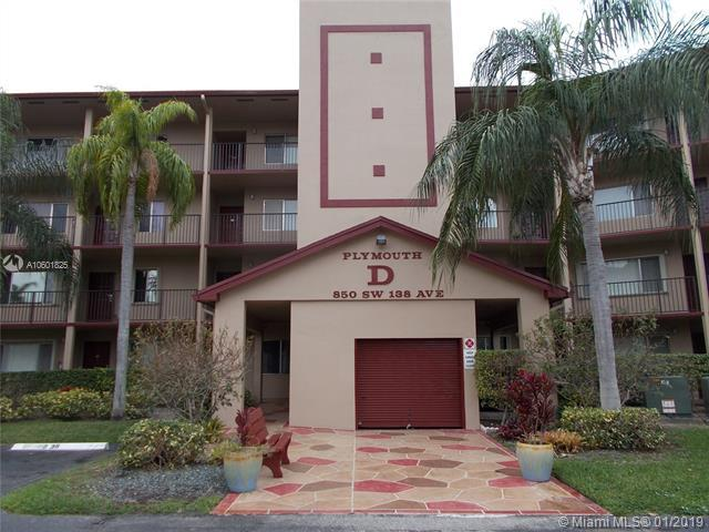 850 SW 138th Ave 208D, Pembroke Pines, FL 33027 (MLS #A10601825) :: The Chenore Real Estate Group