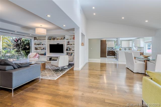 600 NE 50th Ter, Miami, FL 33137 (MLS #A10601899) :: Miami Lifestyle