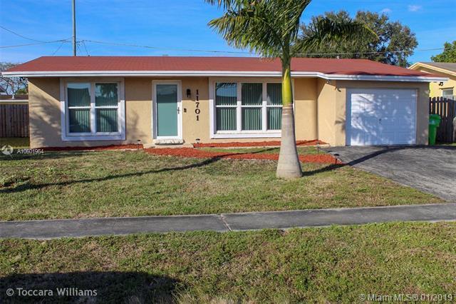 11701 NW 31st St, Sunrise, FL 33323 (MLS #A10601964) :: Green Realty Properties