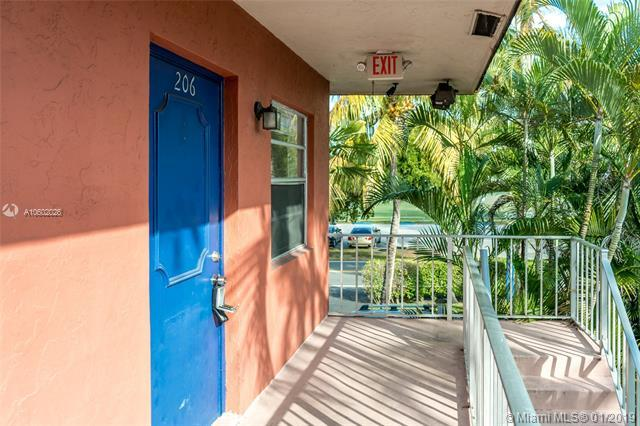Fort Lauderdale, FL 33315 :: The Chenore Real Estate Group