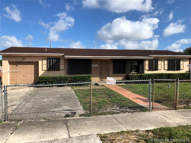 20911 NW 30th Ave, Miami Gardens, FL 33056 (MLS #A10602036) :: The Teri Arbogast Team at Keller Williams Partners SW