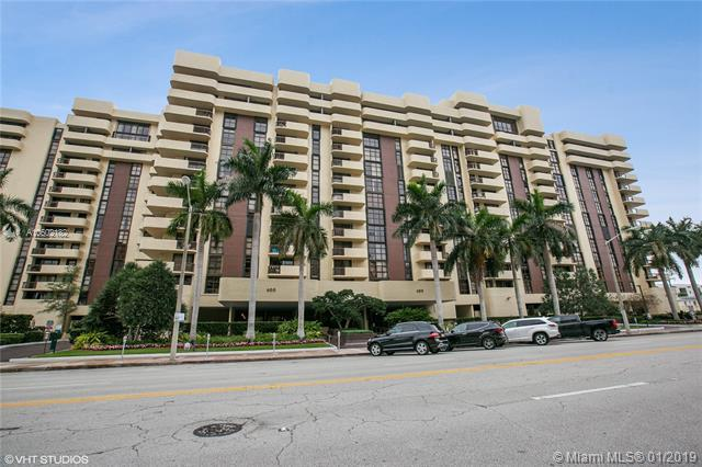600 Biltmore Way #306, Coral Gables, FL 33134 (MLS #A10602182) :: The Maria Murdock Group
