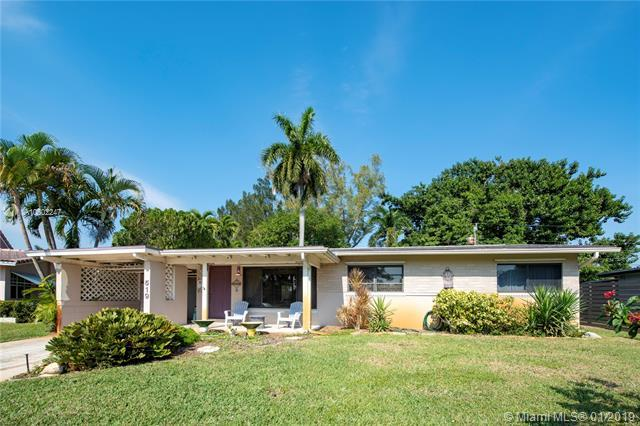 519 NW 30th St, Wilton Manors, FL 33311 (MLS #A10602247) :: The Teri Arbogast Team at Keller Williams Partners SW