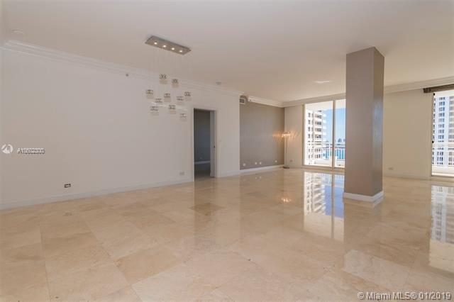 888 Brickell Key Dr #2407, Miami, FL 33131 (MLS #A10602300) :: The Maria Murdock Group