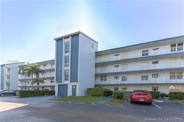 7640 NW 18th St #402, Margate, FL 33063 (MLS #A10602338) :: The Teri Arbogast Team at Keller Williams Partners SW