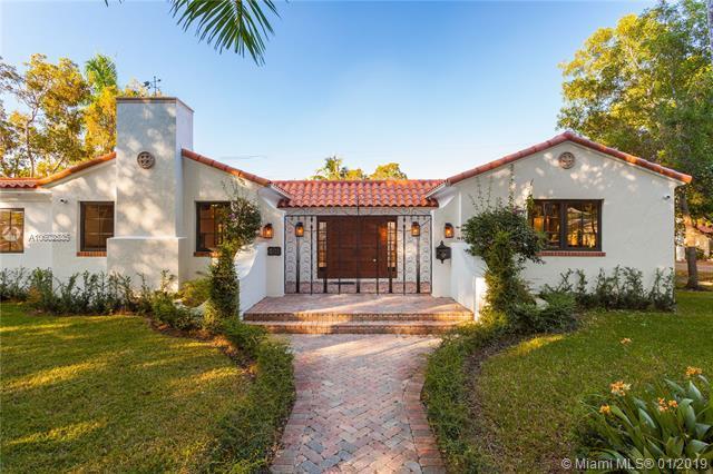 501 Alcazar Ave, Coral Gables, FL 33134 (MLS #A10602535) :: The Adrian Foley Group