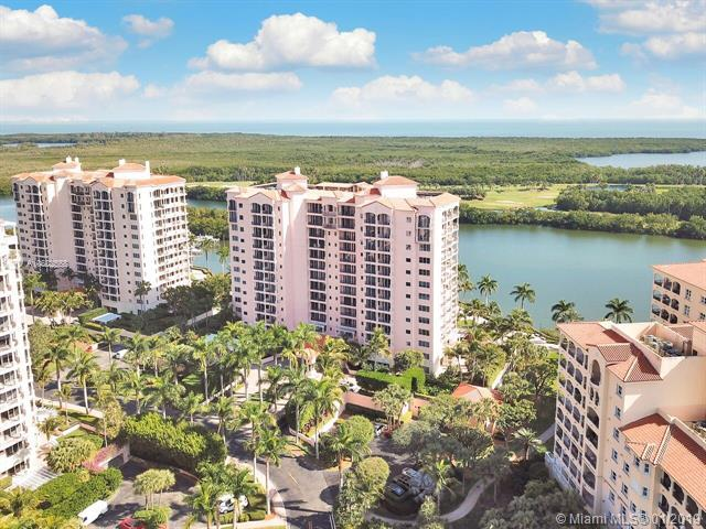 13627 Deering Bay Dr #301, Coral Gables, FL 33158 (MLS #A10602558) :: The Maria Murdock Group