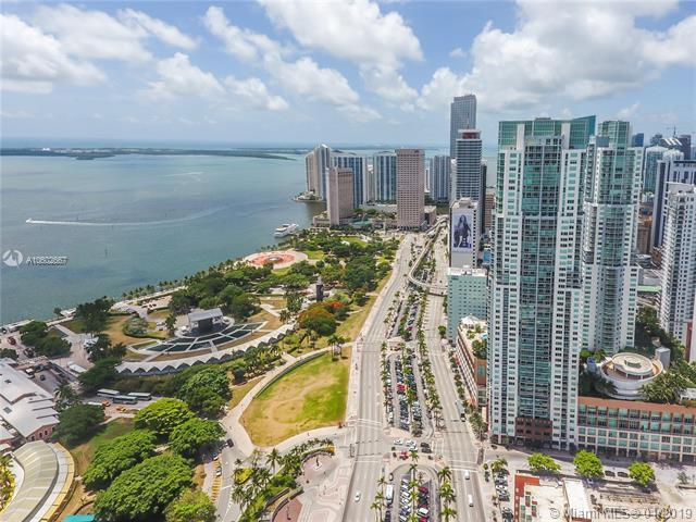 244 Biscayne Blvd Ph4, Miami, FL 33132 (MLS #A10602667) :: The Adrian Foley Group