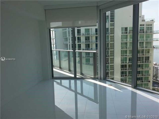 1300 Brickell Bay Dr #2503, Miami, FL 33131 (MLS #A10602720) :: The Maria Murdock Group