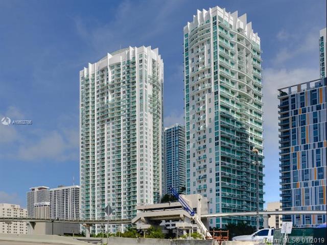 31 SE 5th St, Miami, FL 33131 (MLS #A10602786) :: The Adrian Foley Group