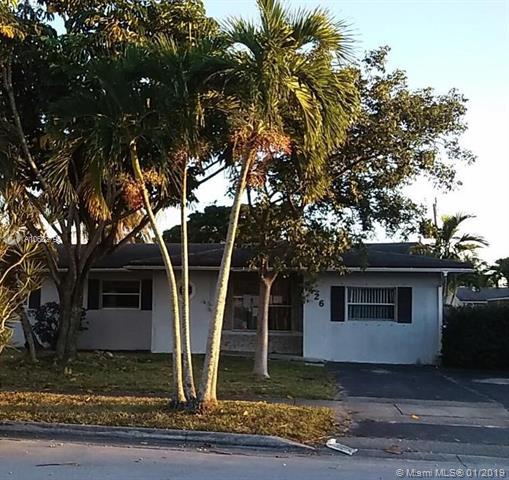 6426 NW 20th St, Margate, FL 33063 (MLS #A10602790) :: The Teri Arbogast Team at Keller Williams Partners SW