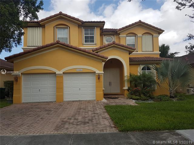 11263 NW 77th Ter, Doral, FL 33178 (MLS #A10602905) :: Grove Properties