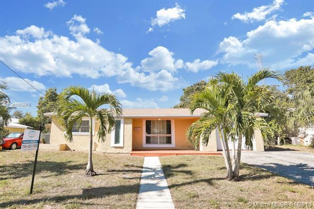 1311 NW 63rd Ave, Sunrise, FL 33313 (MLS #A10602958) :: The Teri Arbogast Team at Keller Williams Partners SW