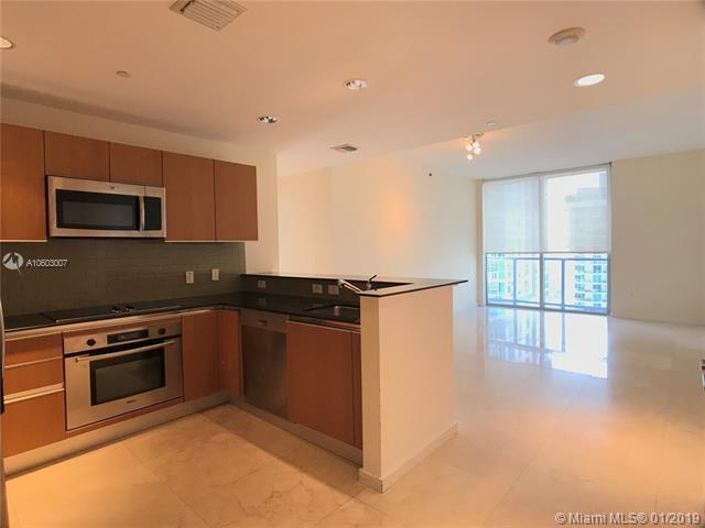 1060 Brickell Avenue #3811, Miami, FL 33131 (MLS #A10603007) :: The Adrian Foley Group