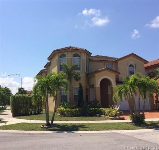 11142 NW 78th St, Doral, FL 33178 (MLS #A10603610) :: Green Realty Properties
