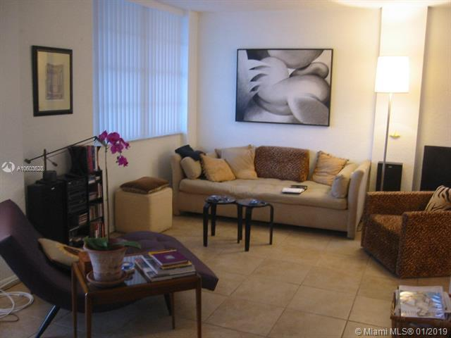 2829 Indian Creek Dr #910, Miami Beach, FL 33140 (MLS #A10603628) :: Green Realty Properties