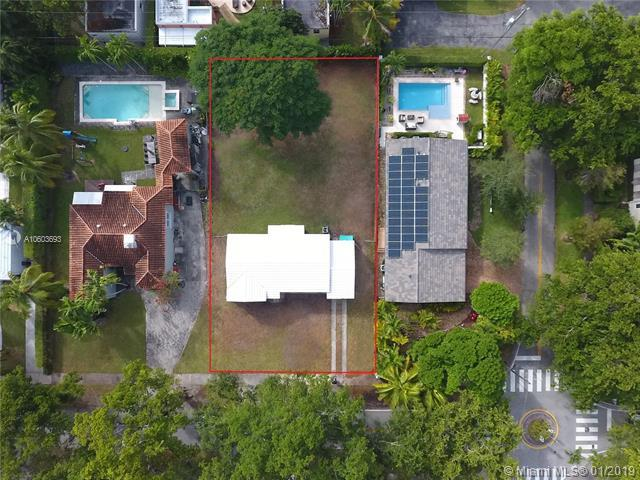 642 Madeira Ave., Coral Gables, FL 33134 (MLS #A10603693) :: The Jack Coden Group